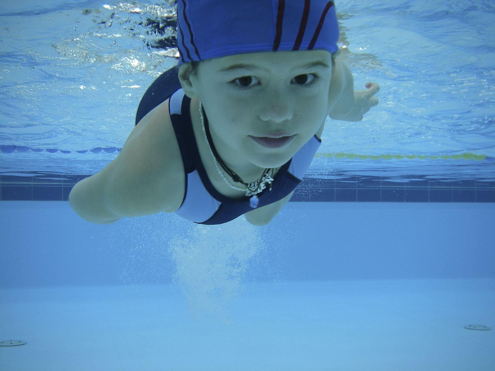 El Campus de Setmana Santa, amb curset de natació diari