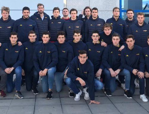 L'entrenador Àlex Oses, amb els equips espanyols Absolut i ESP-2024 a Atenes